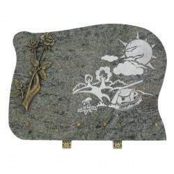 Plaque funéraire en granit gris sur pieds bronze main tenant des roses