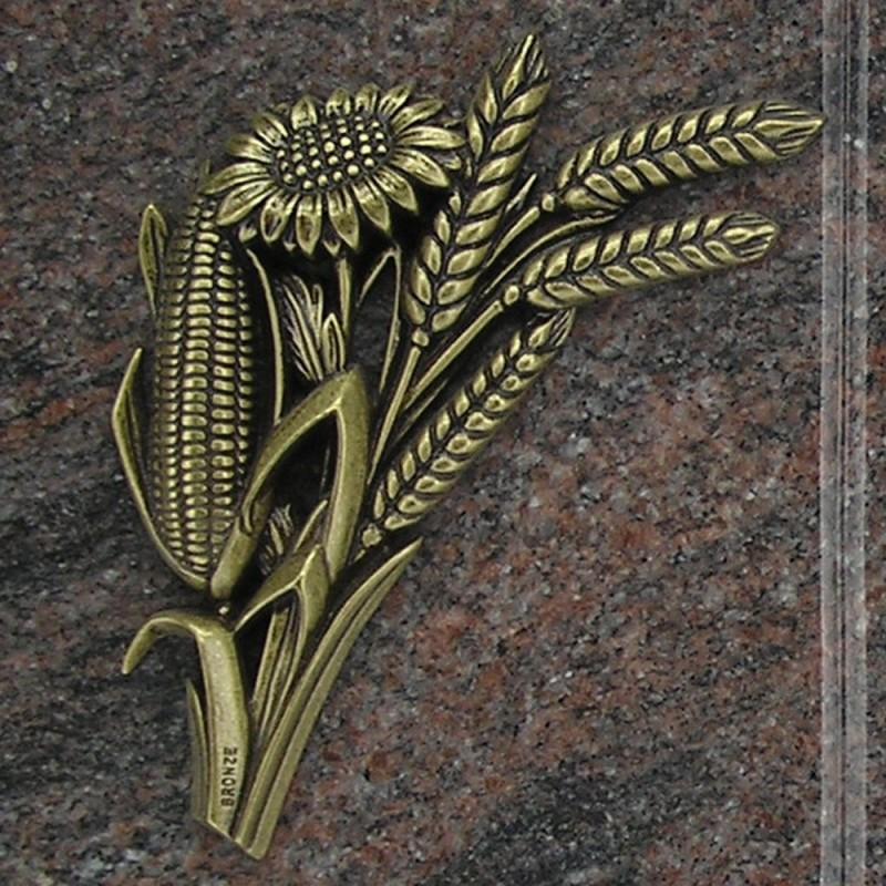 plaque fun raire en granit himalaya en forme de livre sur pieds avec bronze ma s bl tournesol. Black Bedroom Furniture Sets. Home Design Ideas