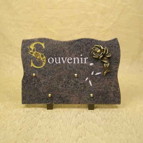 Plaque mortuaire en granit sur pied himalaya gravure blanche