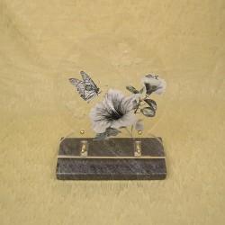 Ornement en altuglas décor fleurs